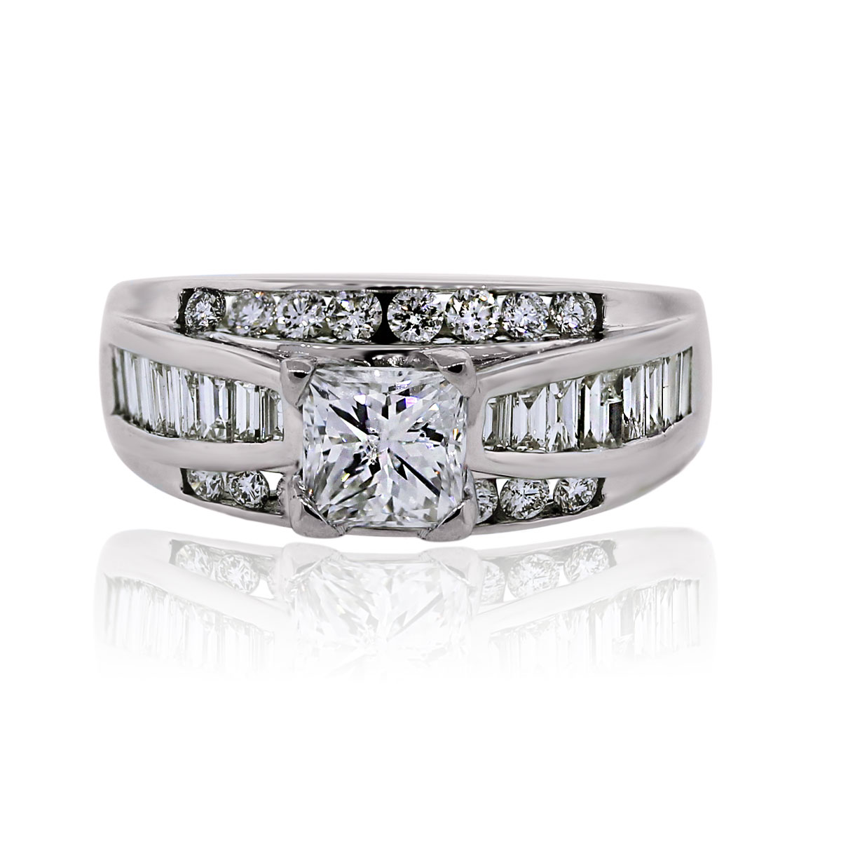 You are viewing this 14k White Gold Princess Cut 0.95ct Diamond Engagement Ring!