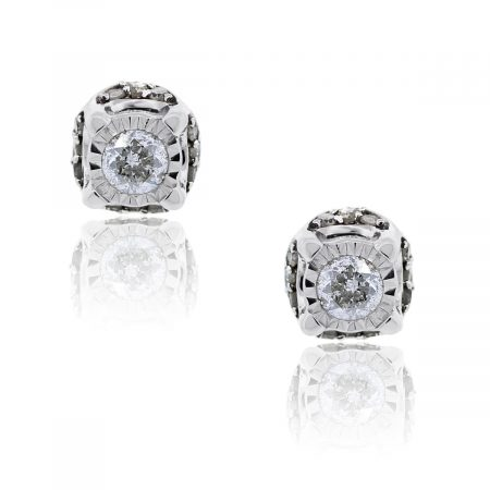 You are viewing these White Gold .50ctw Round Brilliant Stud Earrings!