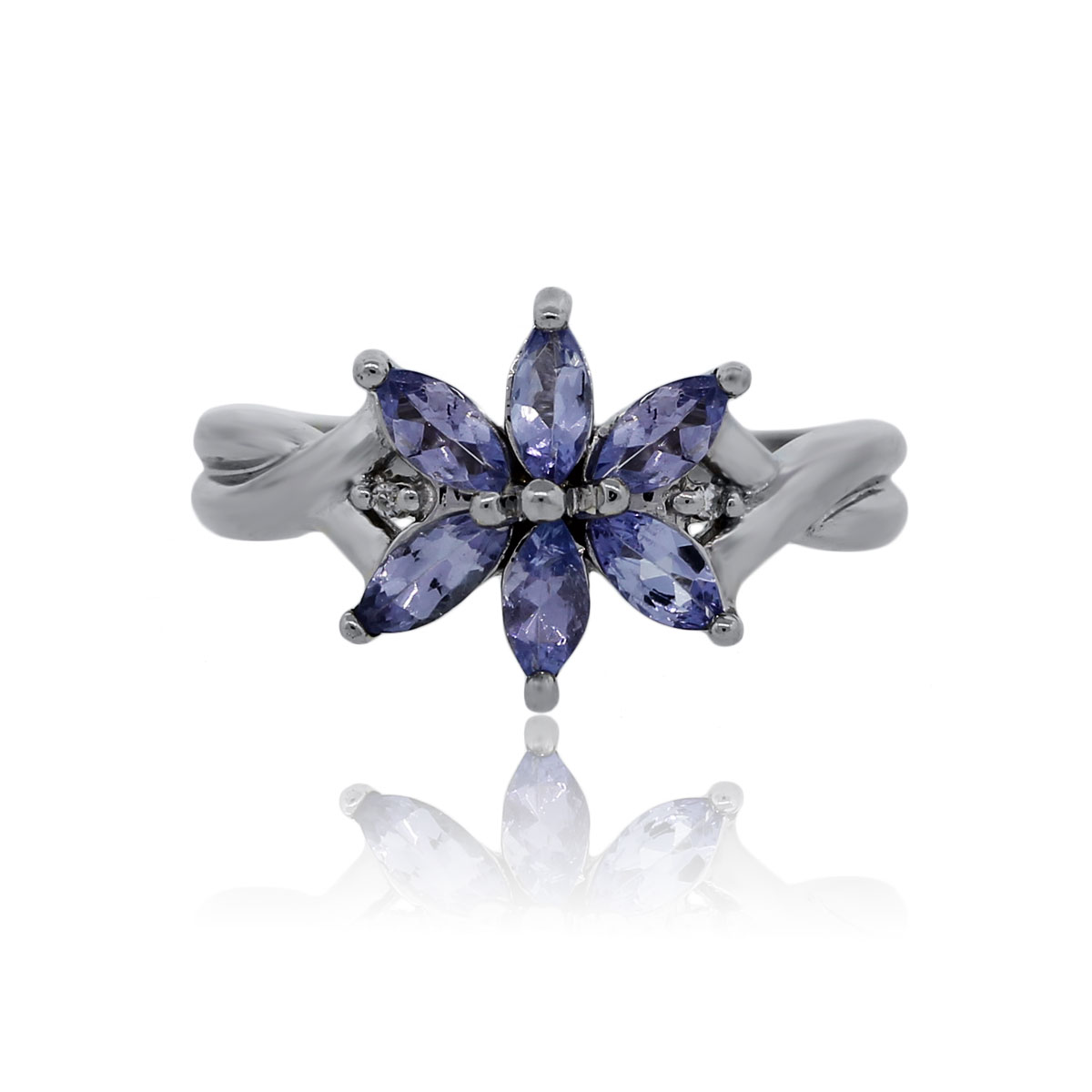 You are viewing this White Gold Tanzanite Diamond Flower Ring!