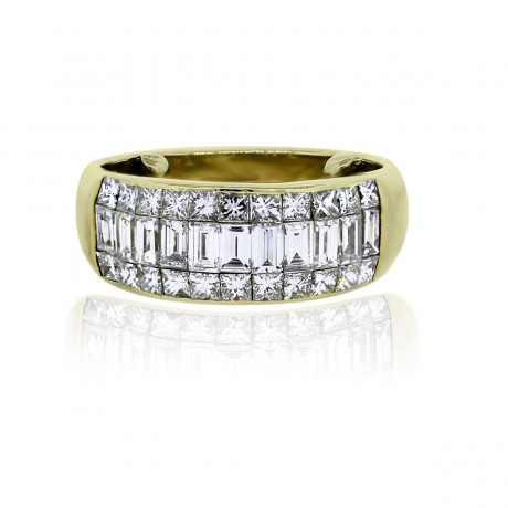 18k Yellow Gold Baguette and Princess Cut Diamond Band Ring