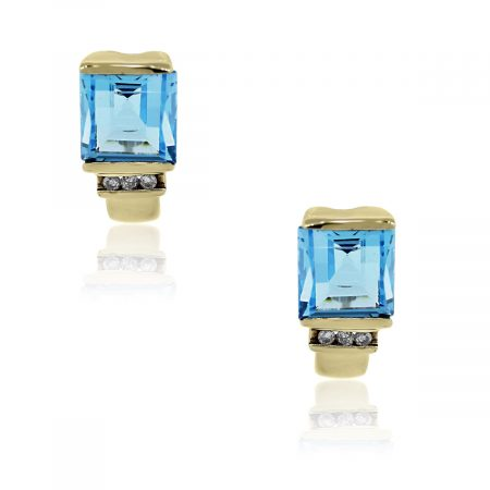 You are viewing these 14k Yellow Gold Blue Topaz & Diamond Stud Earrings!