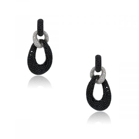 You are viewing these 18k White Gold Black and White Diamond Drop Dangle Earrings!