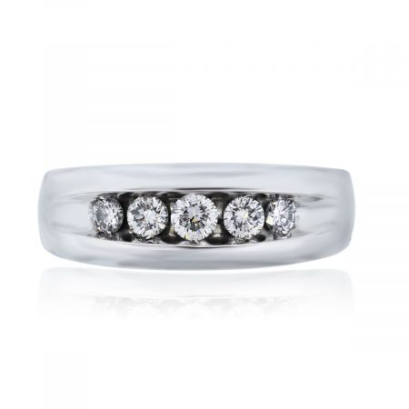 You are viewing this 14k White Gold Gents Round Brilliant Diamond Ring!
