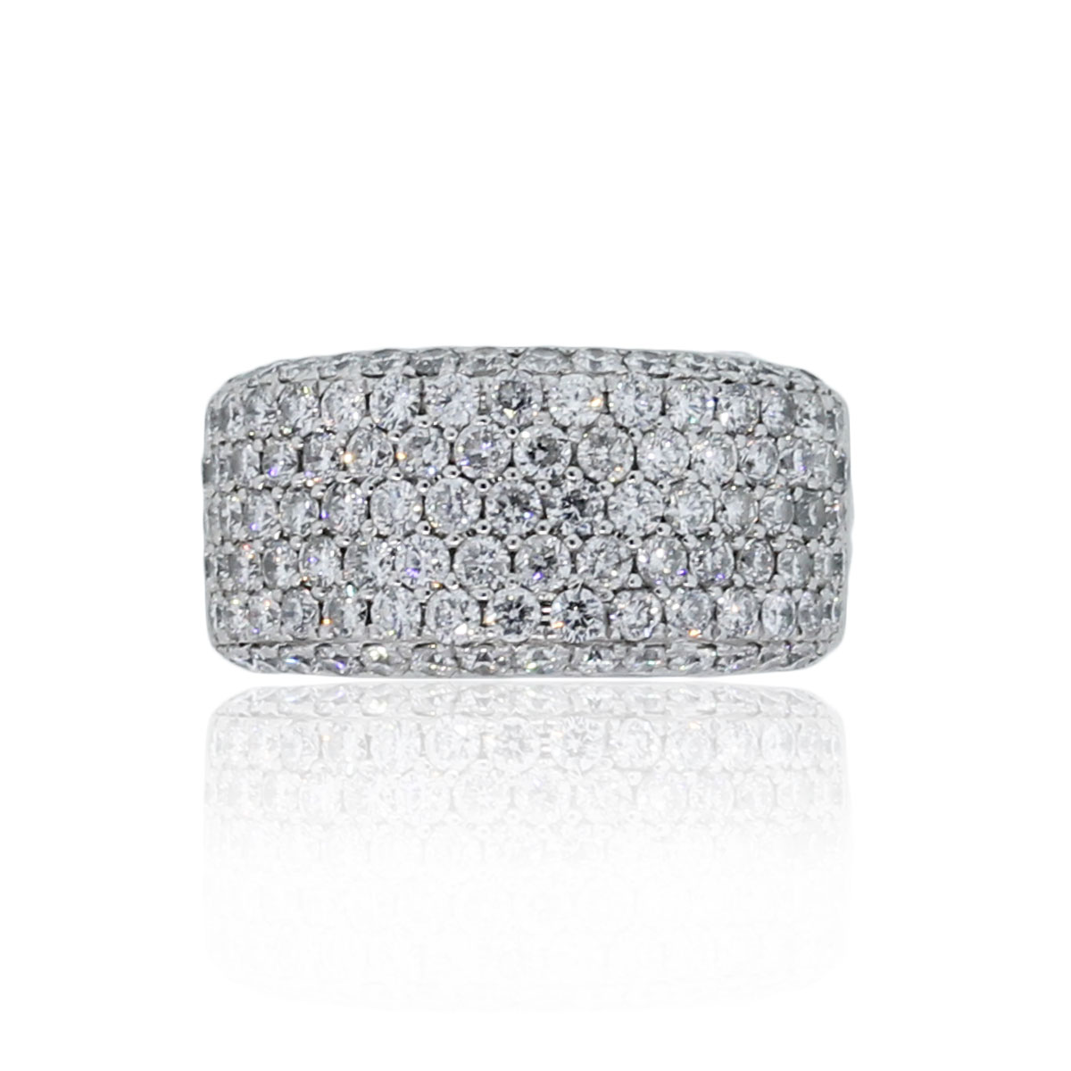 You are viewing this 14k White Gold 2ctw Diamond Pave Band Ring!