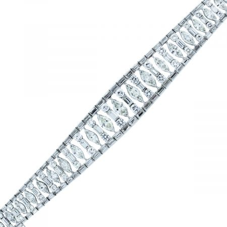 You are viewing this Platinum 21.5ctw Diamond Art Deco Inspired Bracelet!
