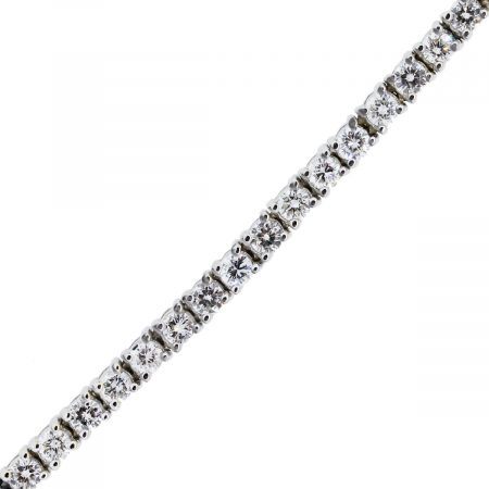 You are viewing this 18k White Gold 4.3ctw Diamond Tennis Bracelet!