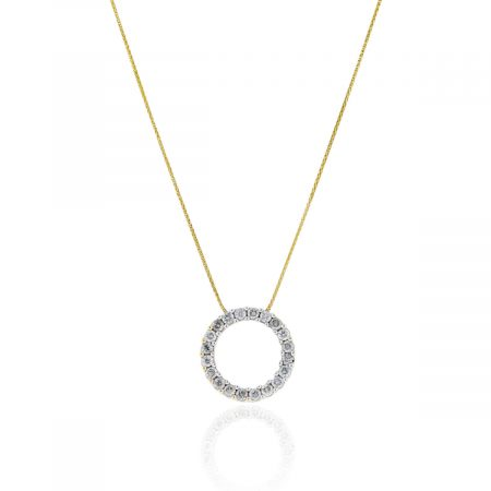 You are viewing this 14k Yellow Gold 2.75ctw Diamond Circle Pendant Necklace!