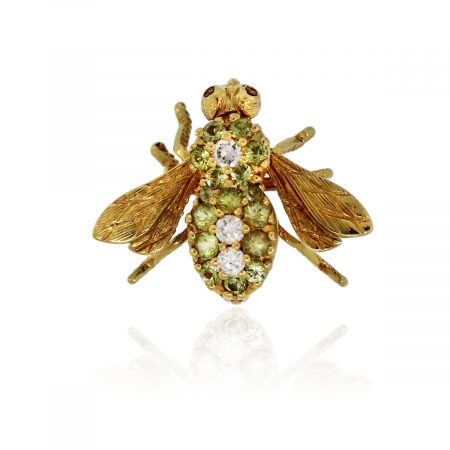 You are viewing this 18k Yellow Gold 0.20ctw Diamond & Peridot Bee Pin!