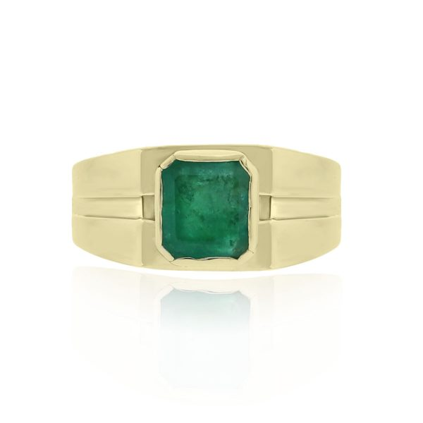 You are viewing this 14k Yellow Gold Emerald Signet Ring!