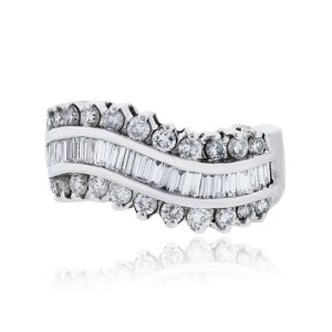 You are viewing this 14k White Gold Baguette & Round Brilliant Diamond Ring!