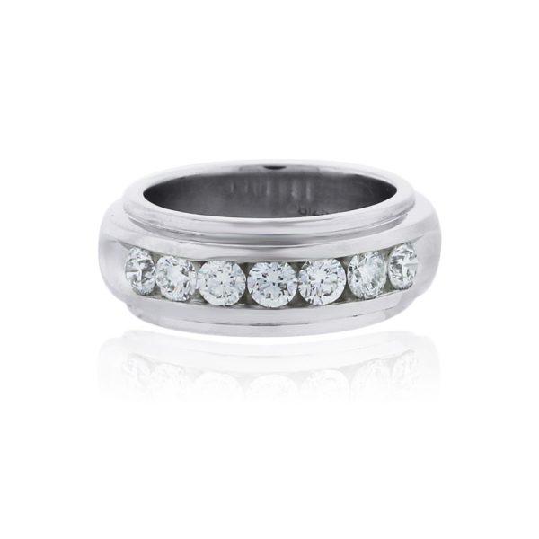 You are viewing this Platinum 1.62ctw Diamond Gents Wedding Band Ring!