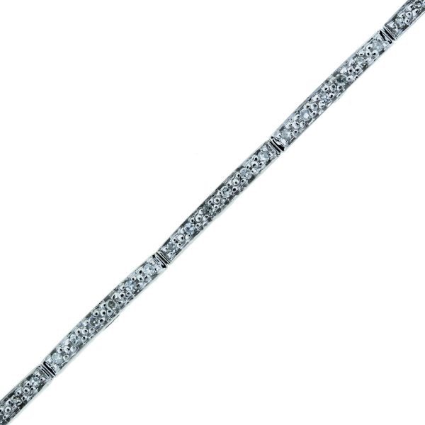 "You are viewing this 14k White Gold 0.72ctw Diamond Heart 7"" Bracelet!"