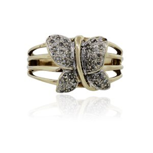 You are viewing this 10k Yellow Gold .20ctw Diamond Butterfly Ring!