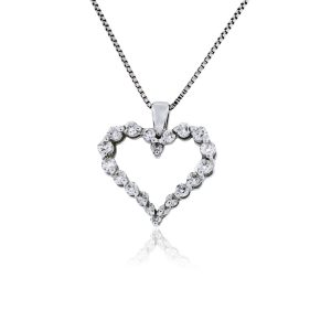 You are viewing this 14k White Gold .30ctw Diamond Heart Pendant Necklace!