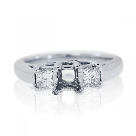 You are viewng this Platinum 0.60ctw Princess Cut Diamond Ring Mounting