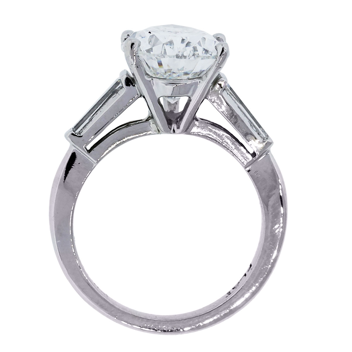 Pear Shape Gia Certified Diamond Engagement Ring Baguette Diamond  Mounting