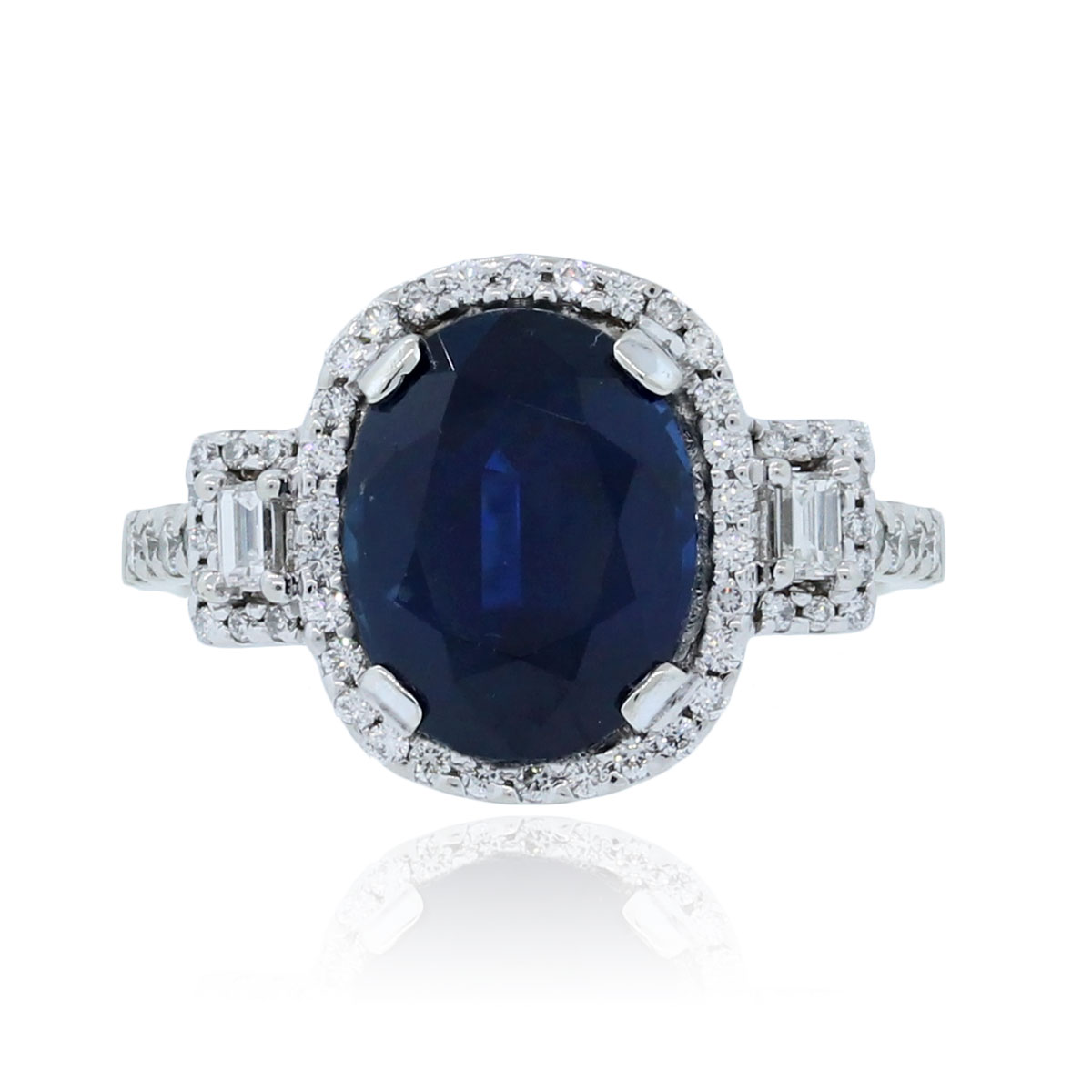 Oval Sapphire K White Gold Ring