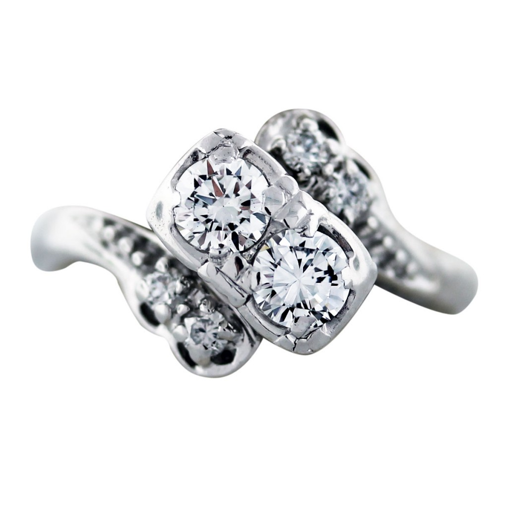 Antique Diamond Engagement Rings Under 3000
