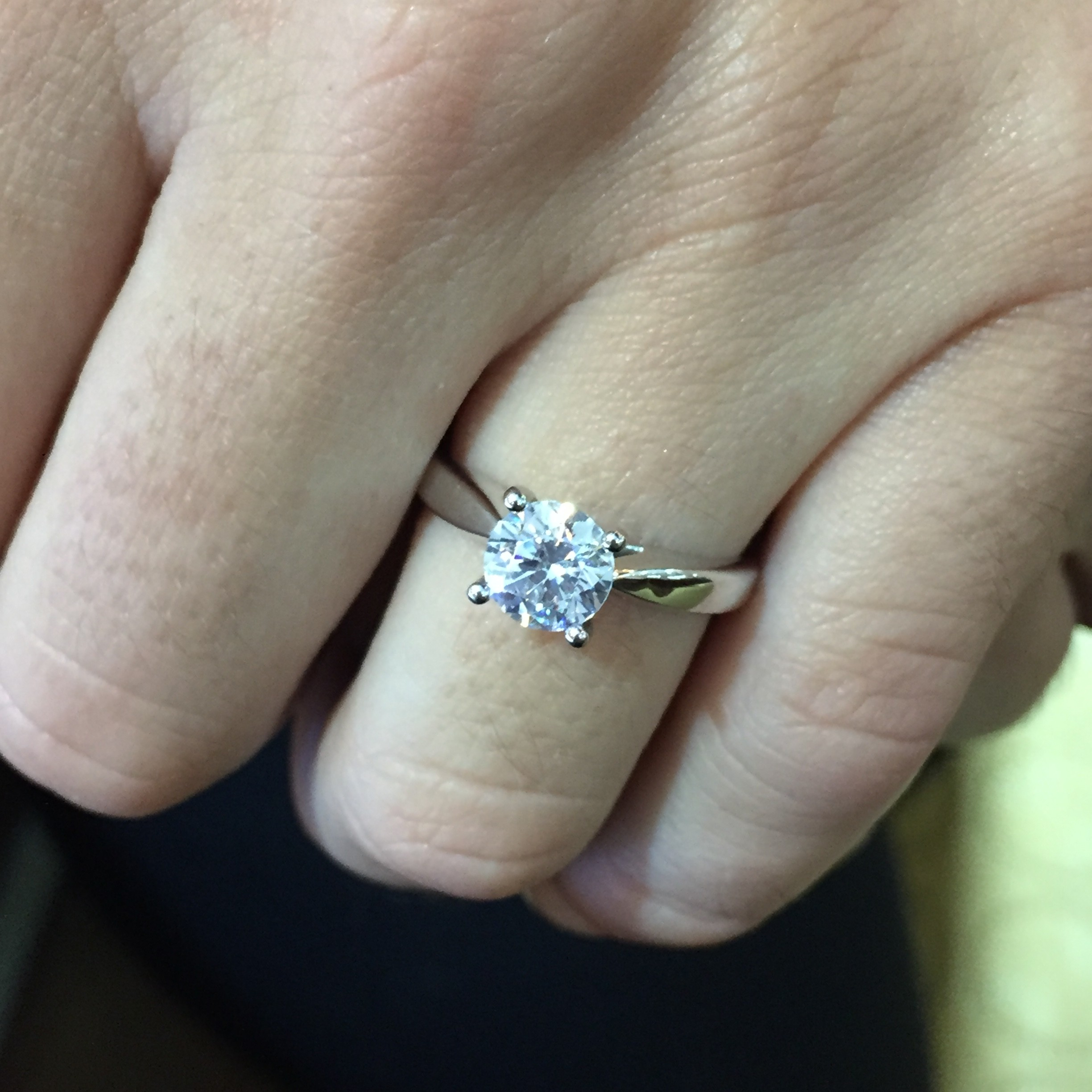 Ritani Solitaire Diamond Cathedral Tapered Engagement Ring Zoom + Start  Slideshowstop Slideshow