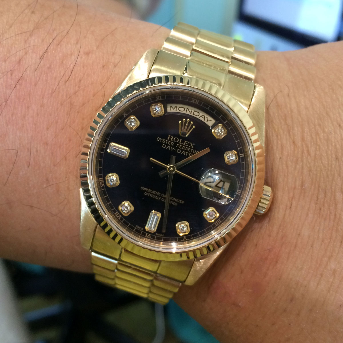 Rolex 118238 day date 18k yellow gold diamond dial watch for Diamond dial watch