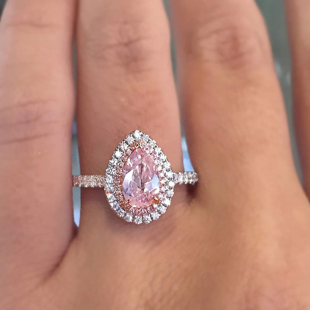 18k White Gold Gia 101ct Pink Pearshape Diamond Engagement Ring