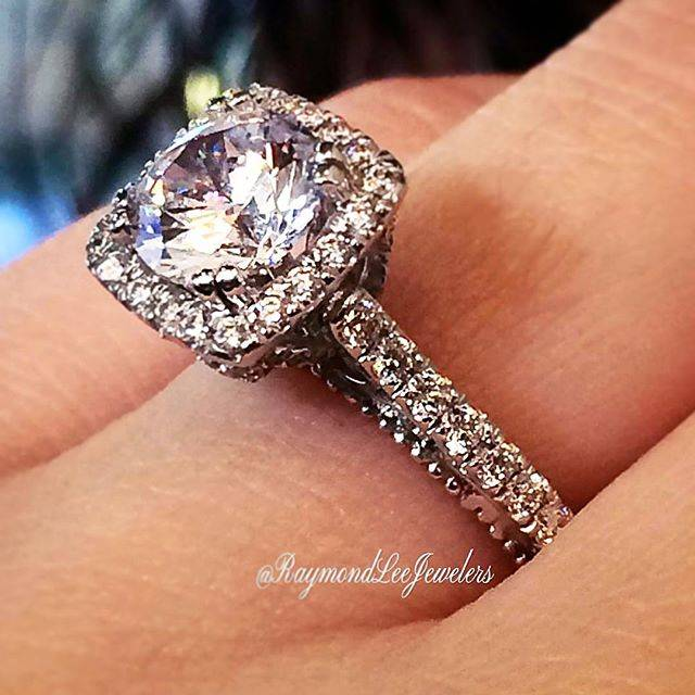 Where to Buy an Engagement Ring in Boca Raton
