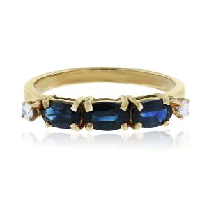14k Yellow Gold Diamonds and Oval Sapphire Ring