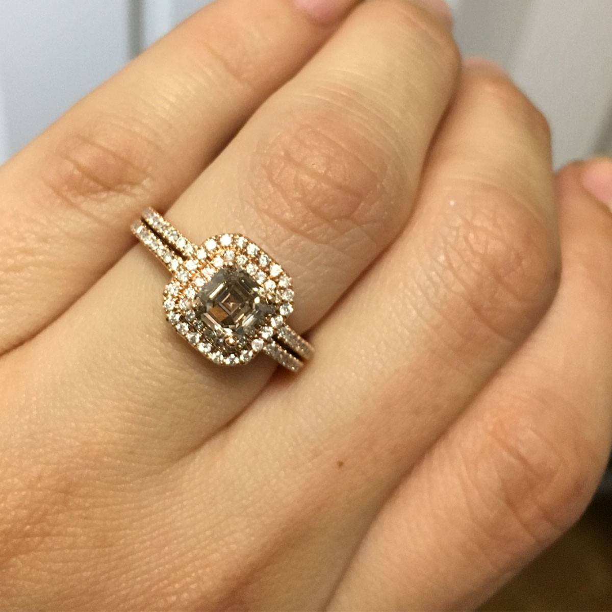 Perfect Engagement Rings to Propose this Christmas Raymond Lee