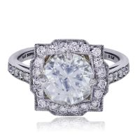 Platinum 0.37ctw Diamond Vintage Style Engagement Ring