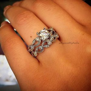 Floral Engagement Ring and Wedding band