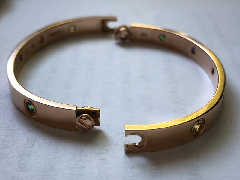 how should a cartier love bracelet fit