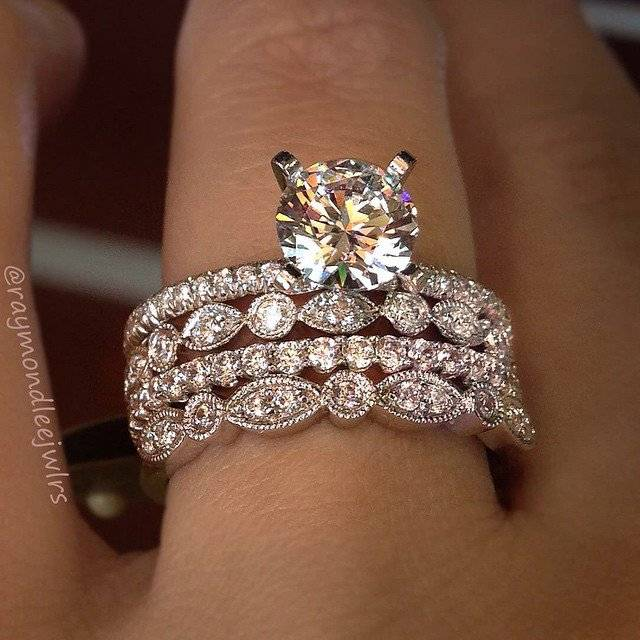 Gabriel new york engagement rings raymond lee jewelers for Stylish wedding rings