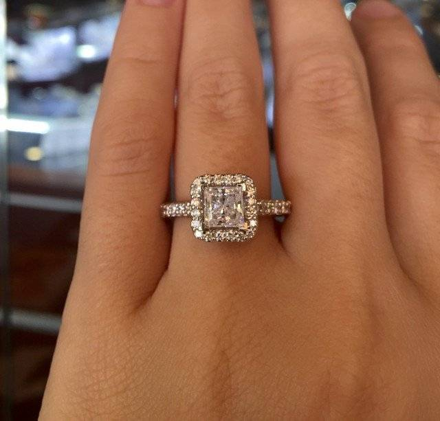 A Jaffe Halo Engagement Rings Diamonds by Raymond Lee