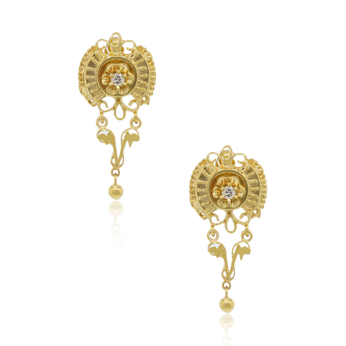 14k yellow gold diamond vintage earrings with 015ctw