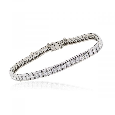 Platinum 5.8ctw Diamond Tennis bracelet
