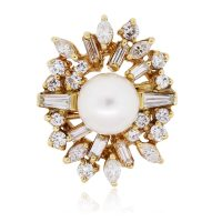 18k Yellow Gold Diamond and 8.50mm Pearl Brooch