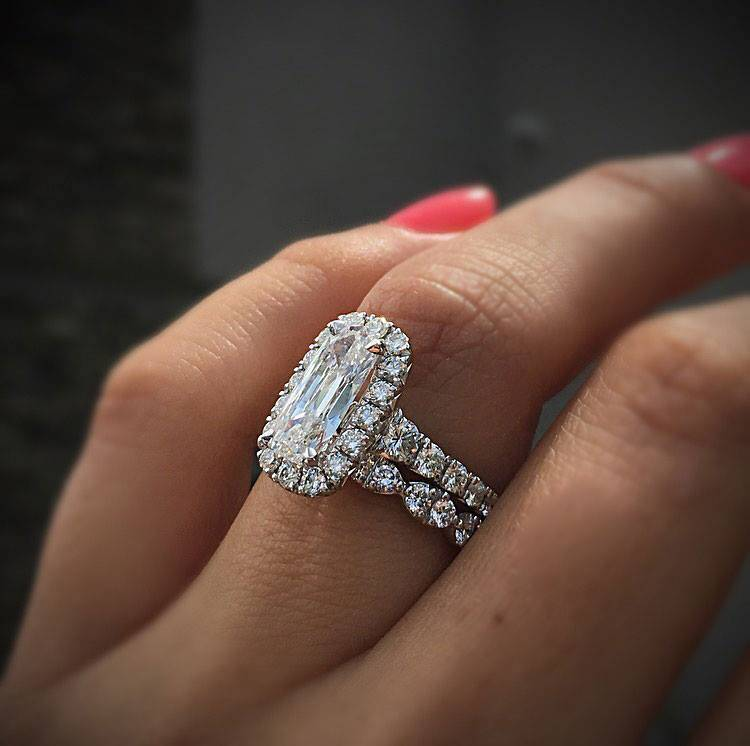 Millennials are buying diamonds