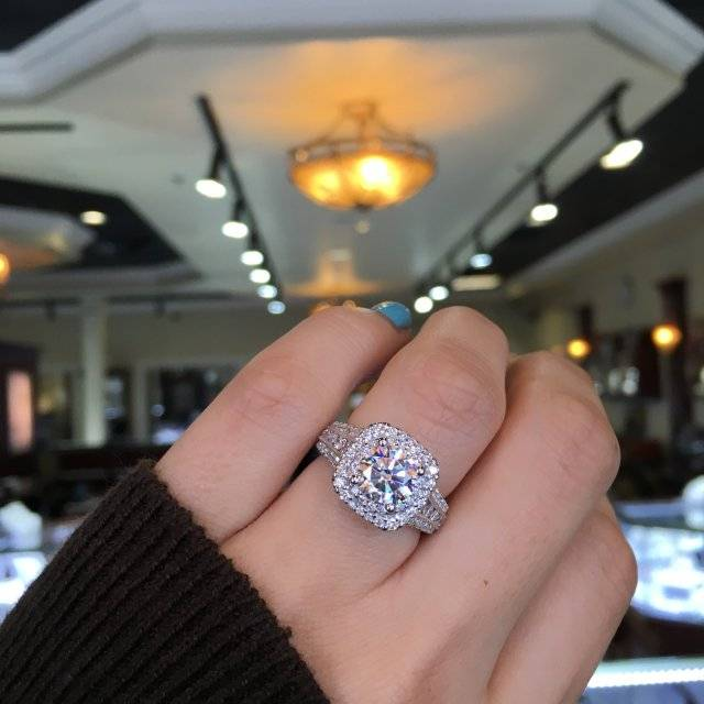 Meet The Most Popular Engagement Ring Pinterest Raymond Lee Jewelers