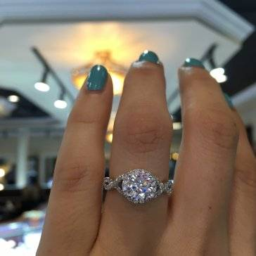 20 Amazing Engagement Rings Under 2000 Dollars from Gabriel & Co Raymo