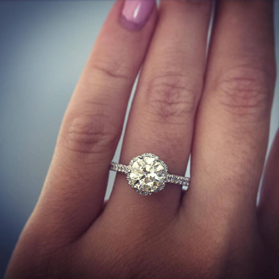 halo engagement rings - Gorgeous Wedding Rings