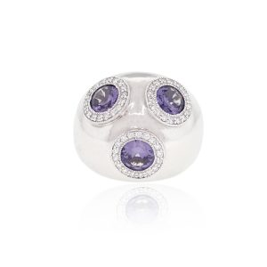 Diamond gemstone ring
