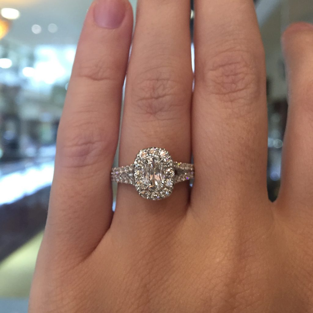 Henri daussi engagement rings under 5000 raymond lee for Wedding band under engagement ring