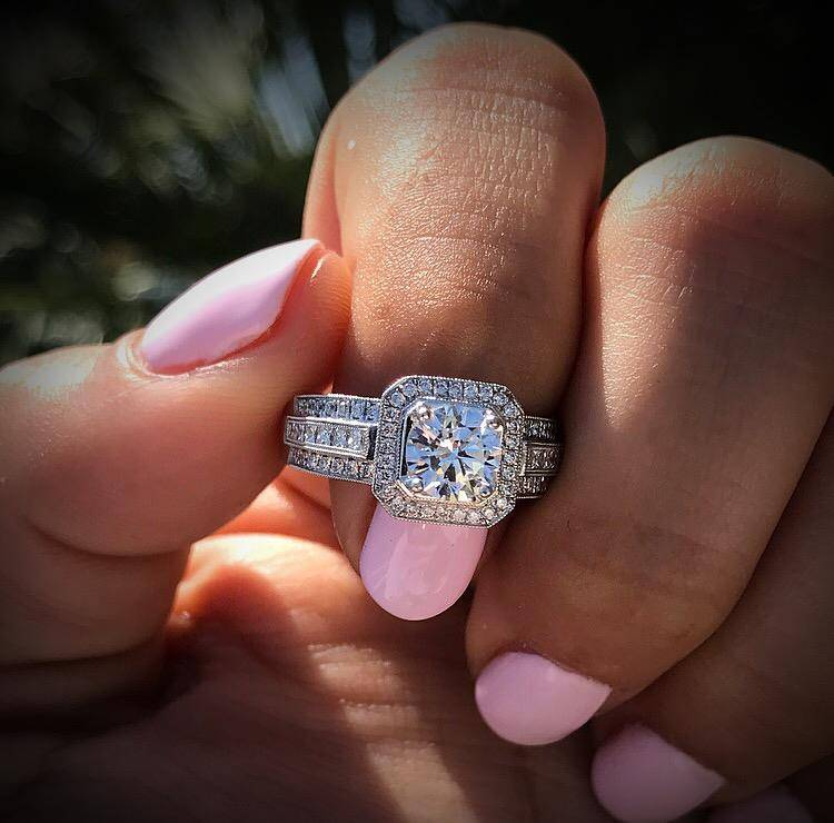 How much is a 1 carat diamond