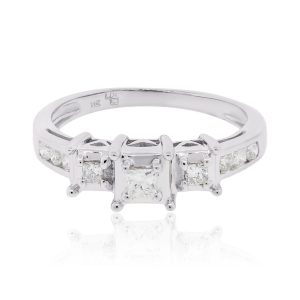 14k White Gold 0.30ctw Princess Cut Diamond Engagement Ring