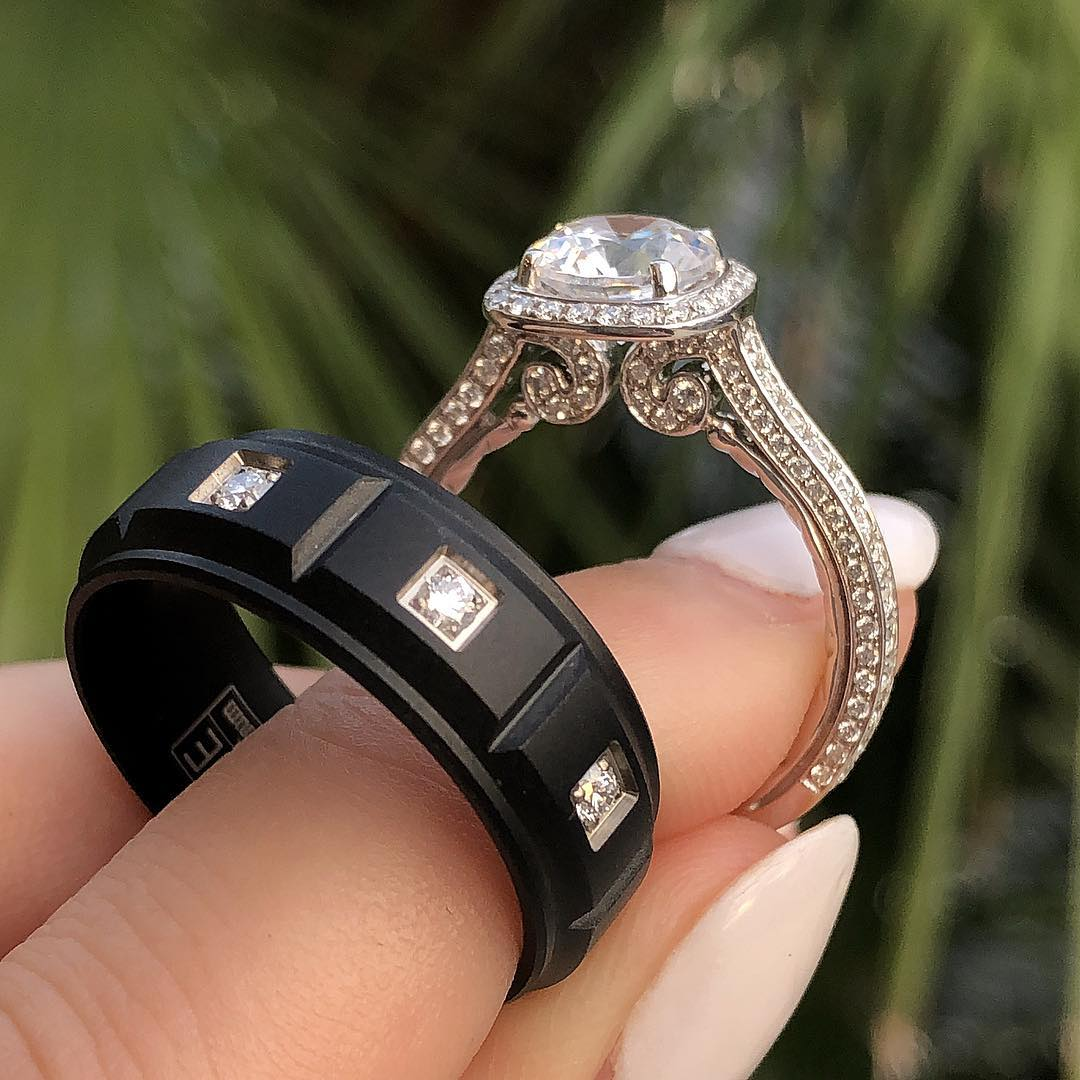 A photo of a couple's wedding rings.