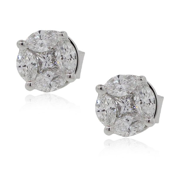 18k White Gold 0.76ctw Diamond Mosaic Stud Earrings