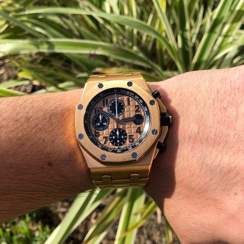 Ap brick watch review all gold audemars piguet offshore for Royal oak offshore rose gold 42mm