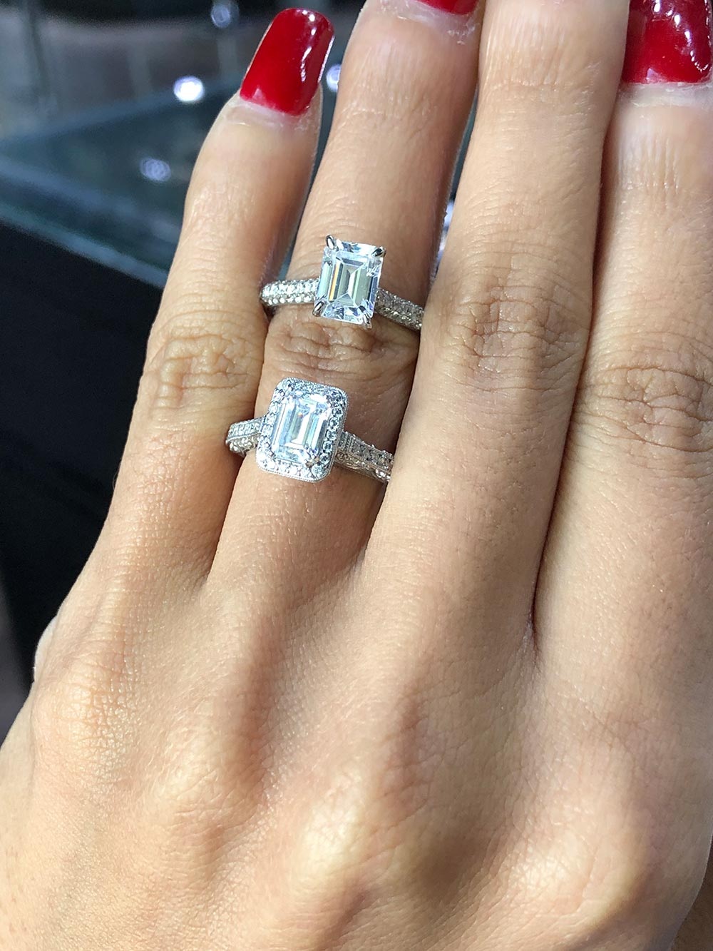 pros and cons of solitaire engagement rings