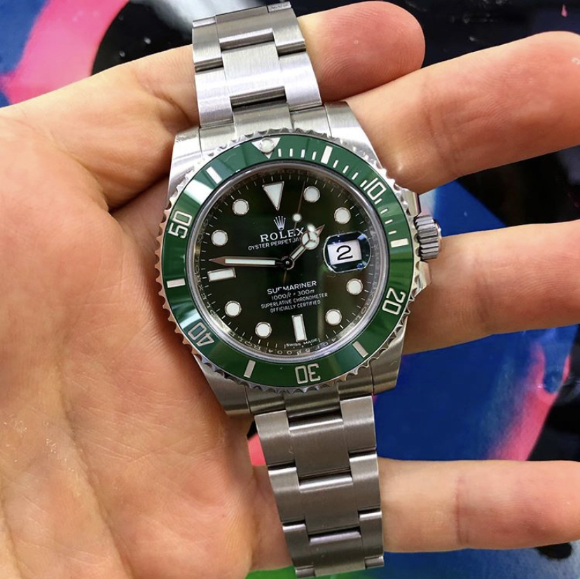 Hulk Rolex 116610LV Submariner Stainless Steel Watch Review