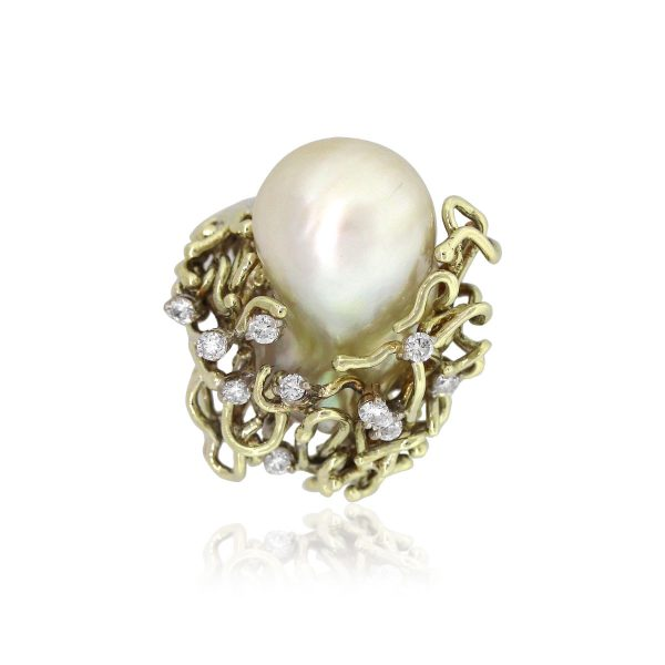 14k Yellow Gold 0.30ctw Diamond Pearl Baroque Vintage Ring